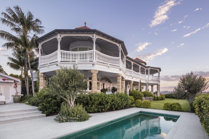 Wyer-CO_Harbourside-Garden_Luxury-Pool-Design-With-View-To-Federation-Style-Home